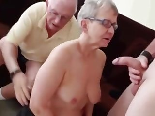 Attractive granny performin in amazing amateur sex video