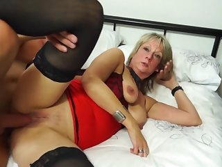 British Housewife Fucks Youth - mother I´d like to fuck