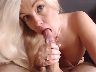 Blonde MILF Auntie is the Best When Giving Head
