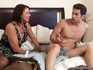 Mature Lady Needs Special Treatment - BANG HARD SEX