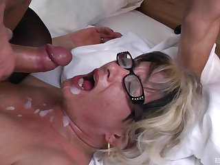 Botos Zoltane adores when a stranger cum in her mouth after a blowjob