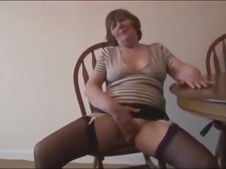 Mature hairy granny kissing cock