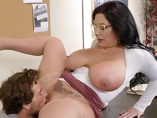 Office milf roughly fucked by young man on the desk