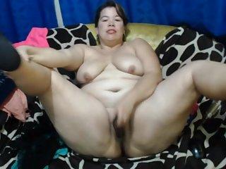 Mexican Mature EilianaXx Masturbating In Her Sofa - ANALDIN