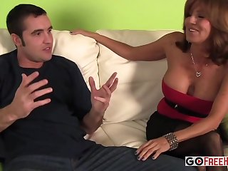 Milf And Daughter Take One One-Eyed Snake - threesome sex