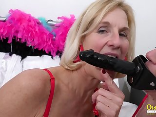 Two Mother I´d Like To Fuck Lesbians and Latex Sex Toys