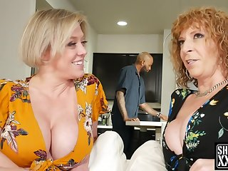 2 Big-Breasted Pawg Mature Dee Williams and Sara Jay