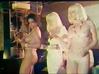 Les 69 positions - french vintage porn video